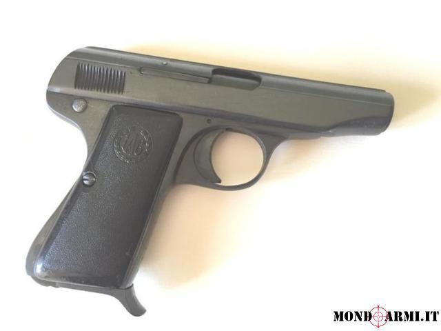 Pistola Galesi e due revolver