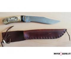Coltello da caccia Crow con lama in damasco