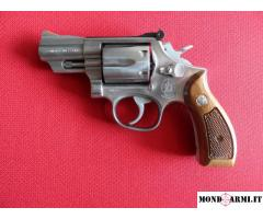 Smith & Wesson mod. 66 cal. 357 magnum canna 2 pollici e 1/2