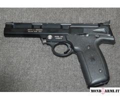 Pistola Smith e Wesson cal. 22 LR da tiro