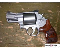 SMITH & WESSON Mod Performa Center 629 2.5 Cal .44 Mag