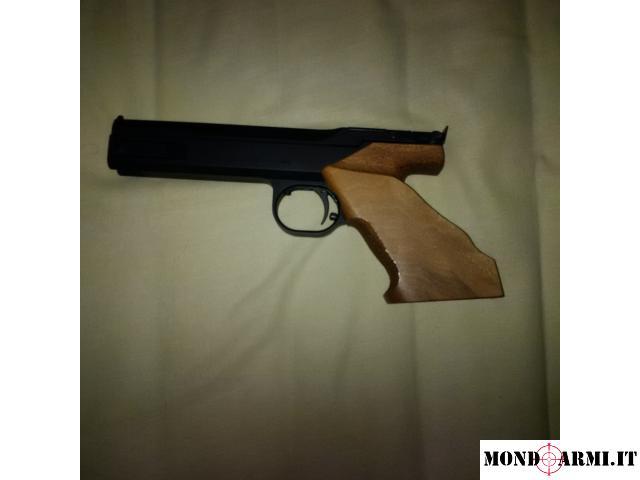 pistola FAS AP604