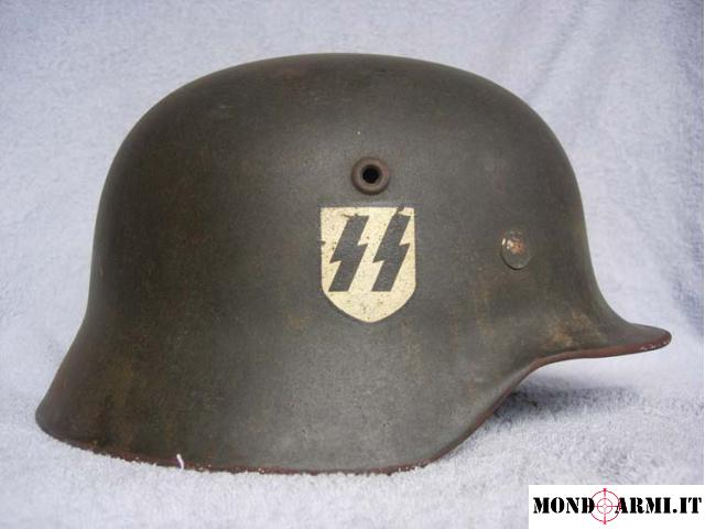 Vendo elmetto mod. m42 SS di fabbricazione tedesca originale