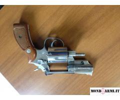 Vendesi revolver SW