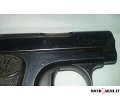 Pistola Beretta 1915 calibro 7.65