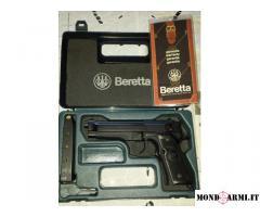 Beretta 98 FS 9x21mm IMI nera come nuova e cuffie per poligono