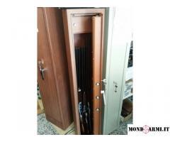 Armadio blindato porta fucili  7 posti color legno
