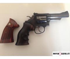 Colt revolver smith&wesson 357 mag.