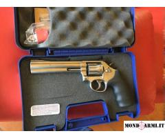 Smith & Wesson 617 cal. 22, 6
