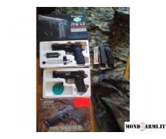 Occasione pazzesca Abbigliamento mimetico completo+pistole scarrellanti a gas