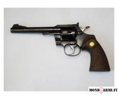 COLT OFFICERS  CALIBRO 22LR,
