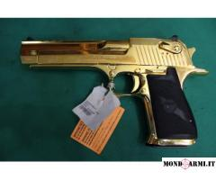 DESERT EAGLE MODELLO GOLD CALIBRO 50,