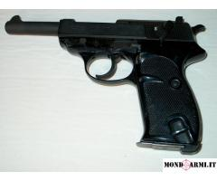 WALTHER P01,