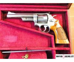REVOLVER SMITH WESSON MOD 629 STAINLESS DOPPIA AZIONE CANNE 152,4 CAL. 44 MAG