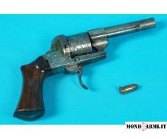 Cedesi 3 pistole antiche / revolver a spillo