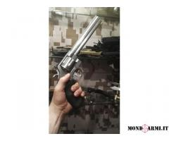 Smith & Wesson 629 classic .44 Remington Magnum