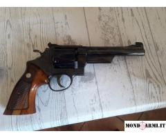 SMITH & WESSON 19