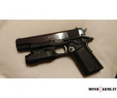 Colt 1911 government  .45 hp