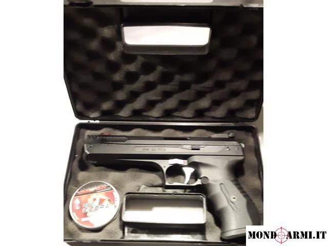 Pistola Weirhauch HW40