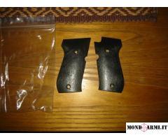 Vendo coppia guancette per pistola Weihrauch Mod.HW94 a salve